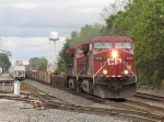 CP 9828 & 9549 tear it up westward with 25T
