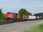 CN 2650 & IC 2704 work hard as they get M391 moving west again