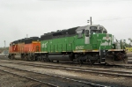 BNSF 6815 and BNSF 117