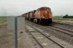 BNSF 4010 leading