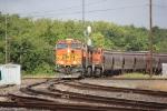 BNSF Grain train at the UP diamond