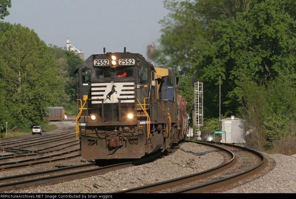 NS 2552 283 Princeton IN