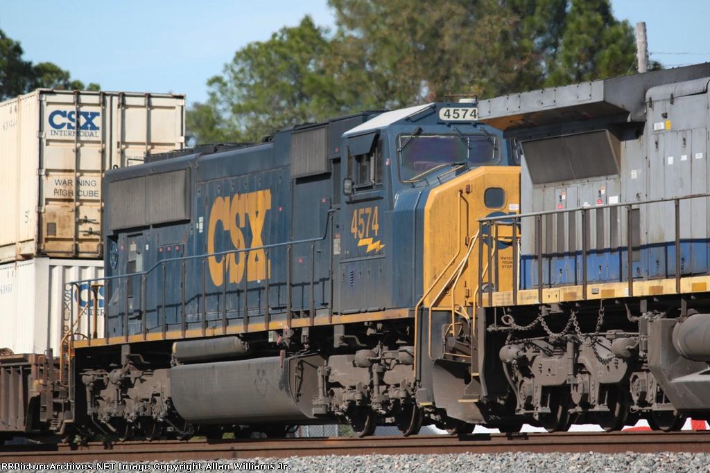 CSX 4574