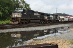 NS 34A Heads West after Swapping Cars