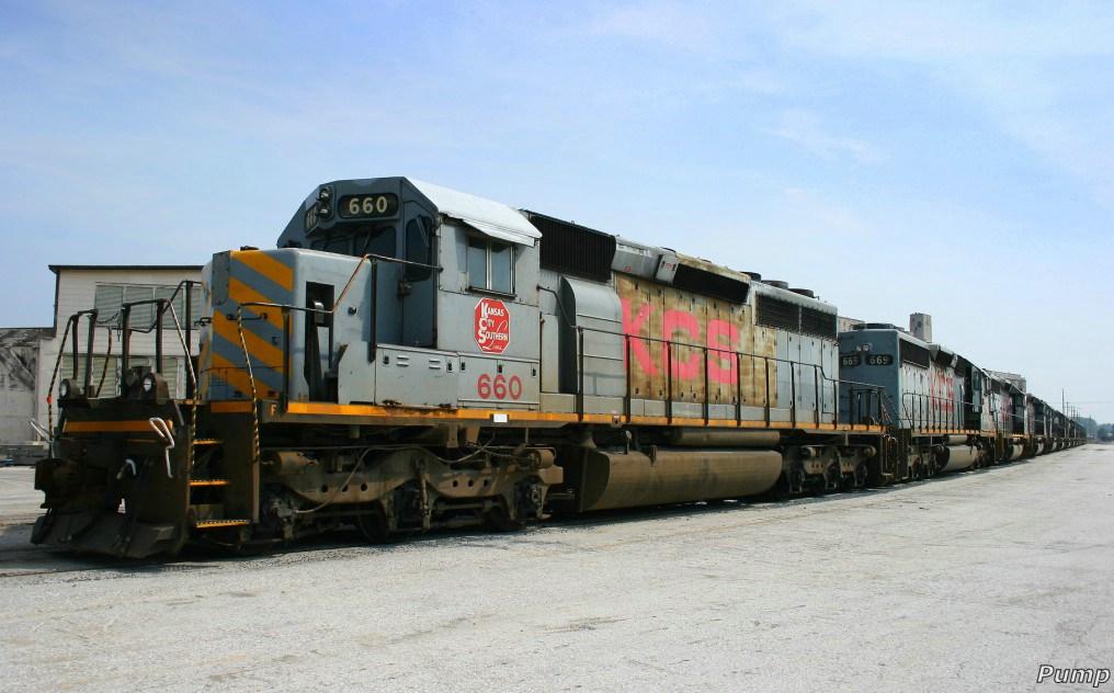 Stored KCS Locomotives in KCS Knoche Yard