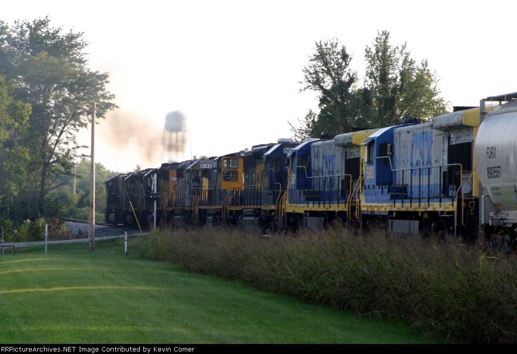 Q275 with 8 Engines southbound