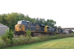 CSX Q275 stops on the Main ready to make their set-out at Memphis Jct. Yard