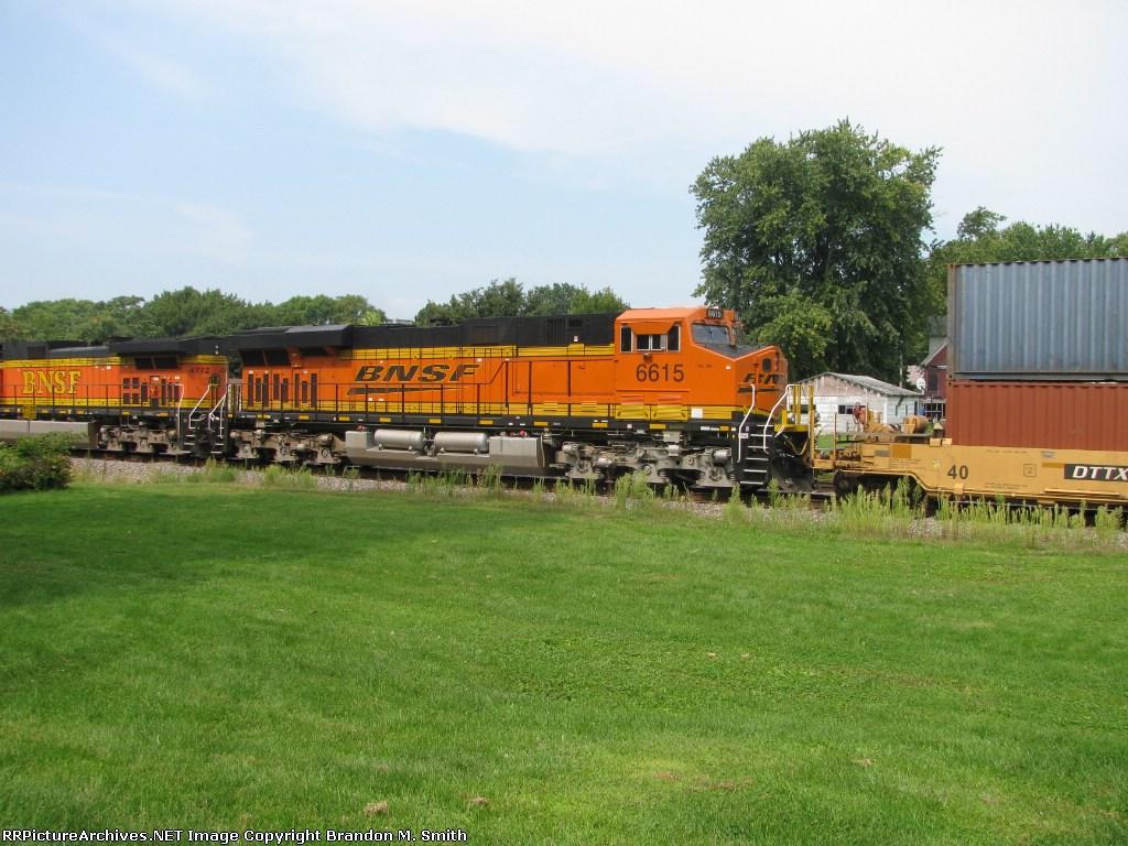 BNSF 6615