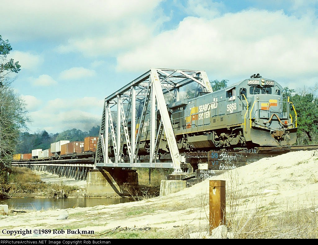 SBD 5868 Crossing the Yellow River