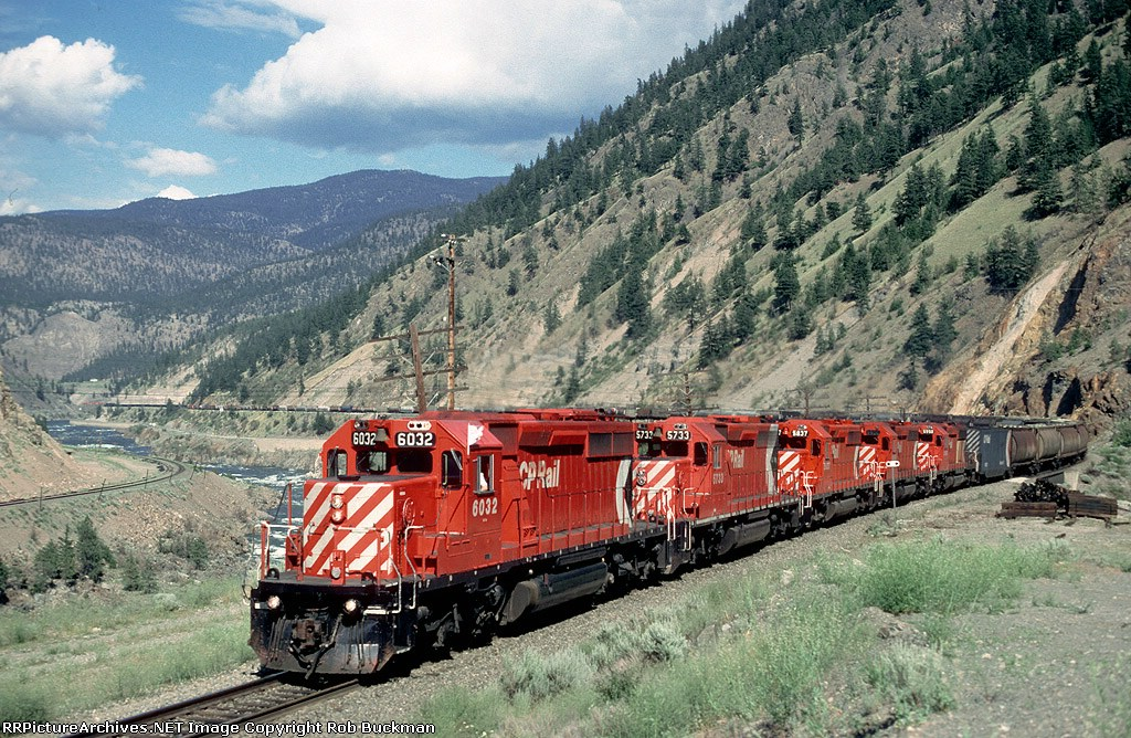 CP 6032 along the Thompson River