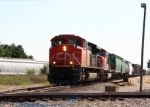 CN 8866, northbound CN train M39671-21