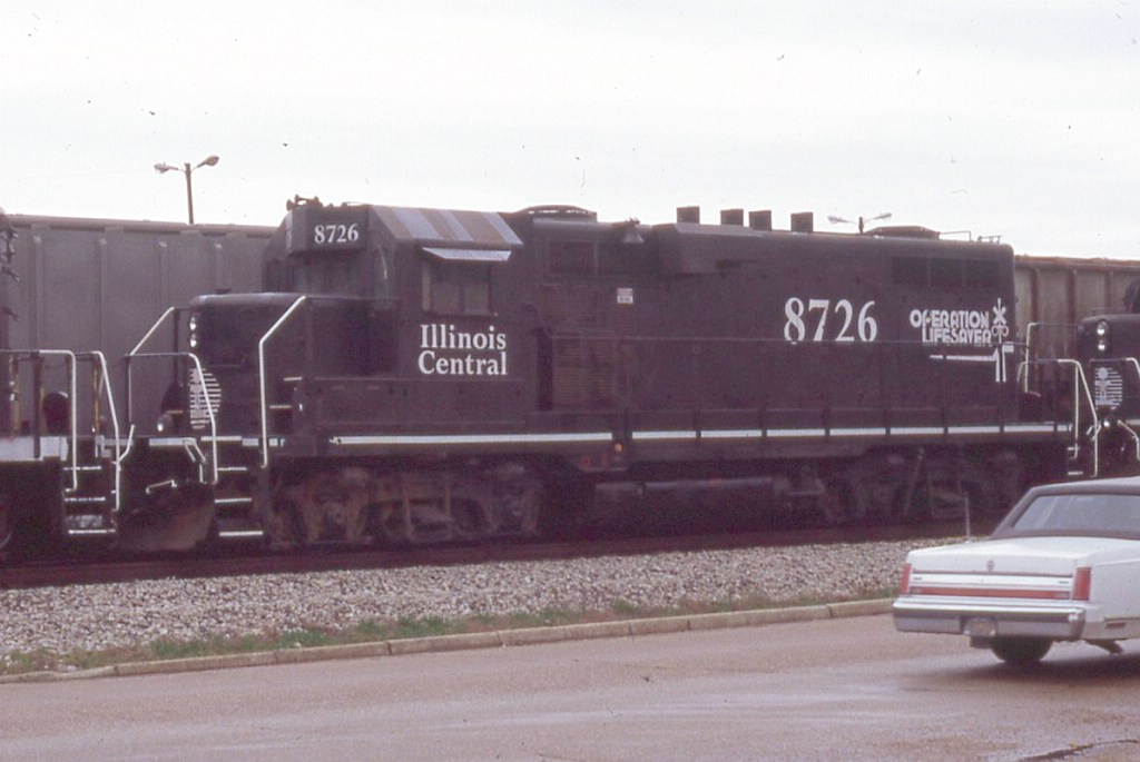 IC 8726