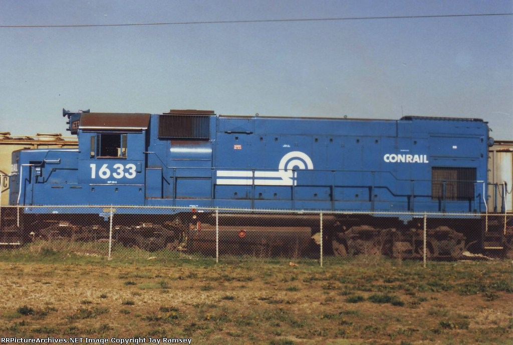 CR 1633 posing