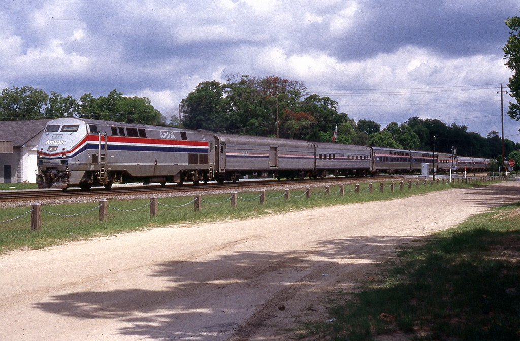 AMTK 11 with the NB Silver Meteor