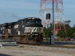 NS train 111