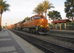 BNSF 7575 leading a BNSF train through Fullerton train station
