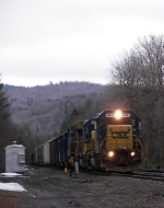 CSX #8848 west at Lower Valley Road