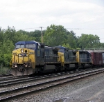 Q433 with two GE's and a EMD head south