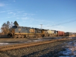 Two GE products, one new and one old lead this Q381 train westward