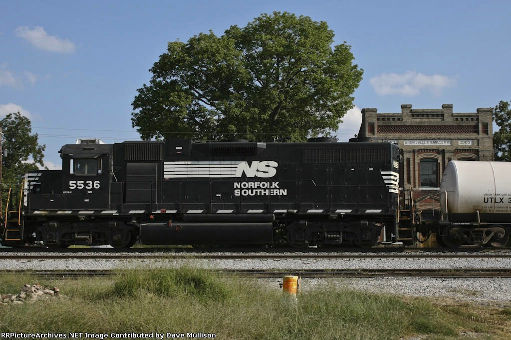 NS 5535 & Wrightsville & Tennille RR Building