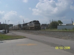 NS Train 285 EB