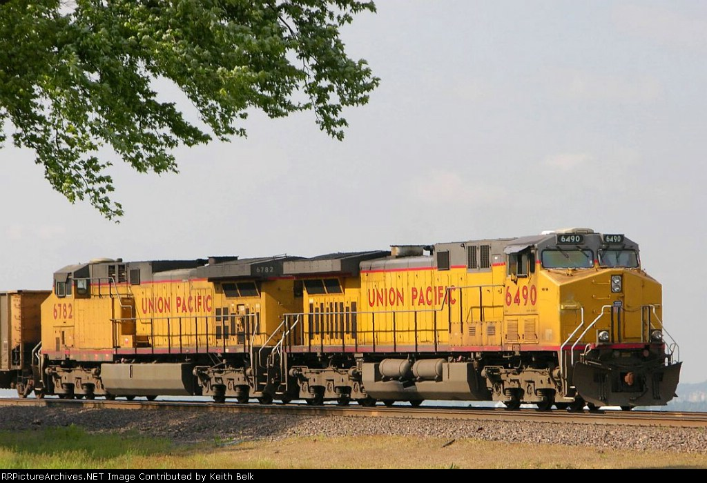 UP 6490 and 6782