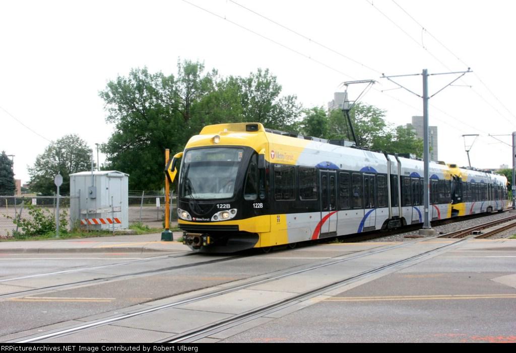 Metro Transit 122