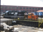 NS 707 is moved by the Rail King onto the turntable