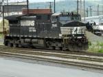 NS GE C40-9W 9546 & EMD GP40-2 3011