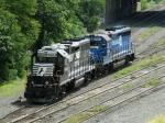 NS EMD GP38-2 5663 & EMD GP40-2 3061