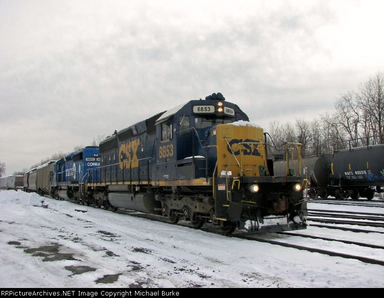 Northbound Y122 passing through CP-SK