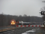 Q381 with two pumpkins is approaching the crossing