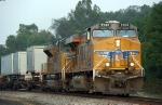 A pair of Union Pacific Lead EB NS 212 @ 0830h., P'burg, NJ