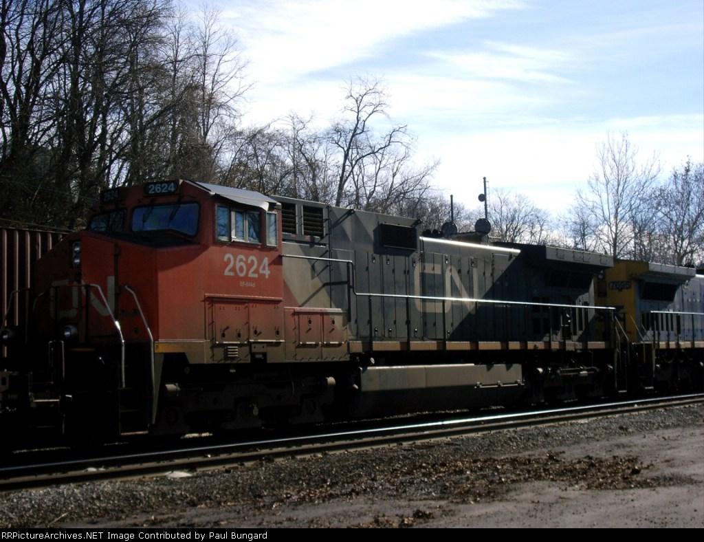 CN 2624 GE C44-9W  11-28-2005   Real Closeup PIC 2