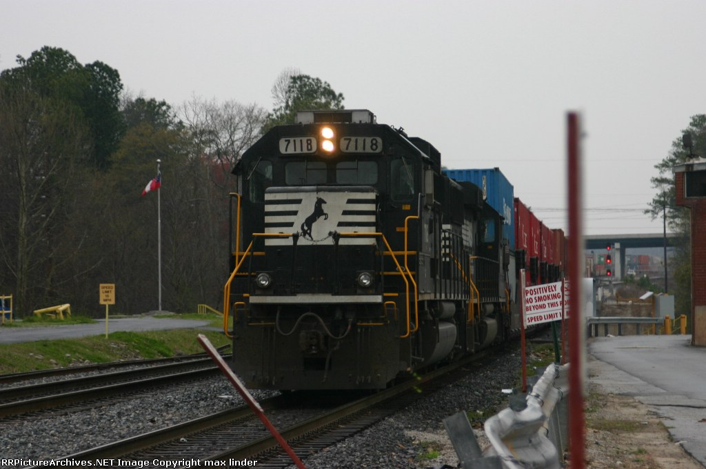 NS 7118