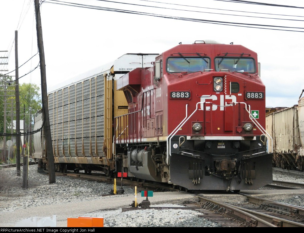 CP 8883 comes off the Service Track with X500-06