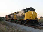 WAMX 4020 & 4125 start back south with GDLK303