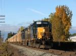 CSX 2639 & 6083 make track speed eastward with D700-12