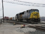 CSX 8769 & 5475 pull down with Q334-29 shortly before departing eastward