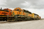 BNSF 6877 and BNSF 6949