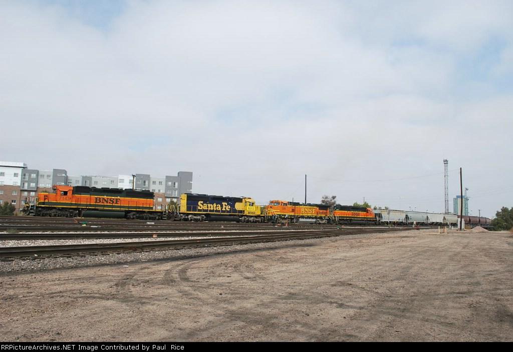 BNSF 7143/1813/529/7875 Moving Cars South