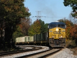 CSX 786 notches up to get military train W860 rolling again