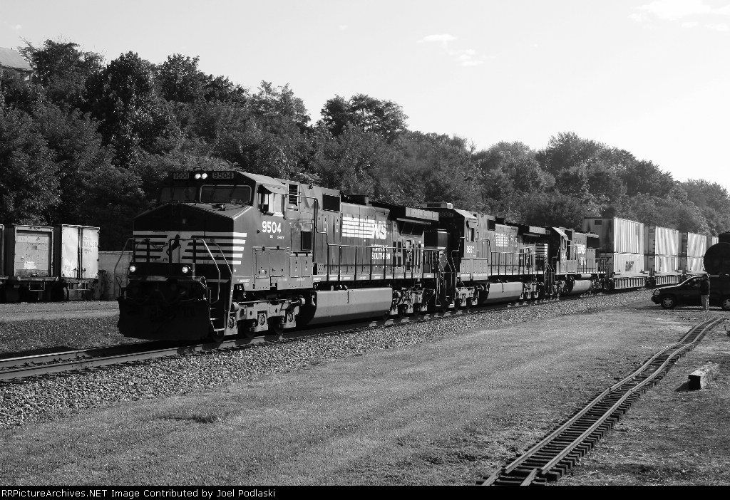 NS 9504 is on 971.