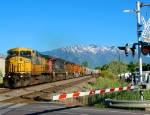 FORMER CHICAGO&NORTHWESTERN NO.8806 WITH UNION PACIFIC'S DENVER-SALT LAKE CITY MANIFEST. JUNE 5,2010.PROVO,UTAH.