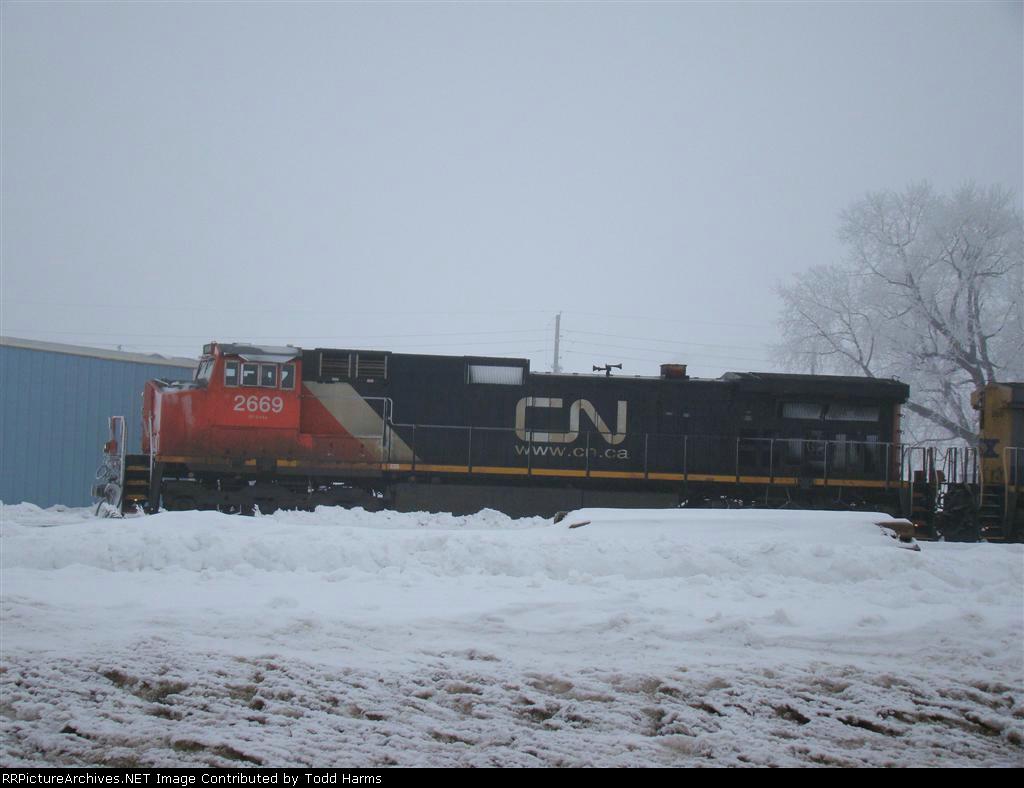 CN 2669