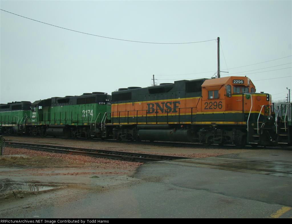 BNSF 2296