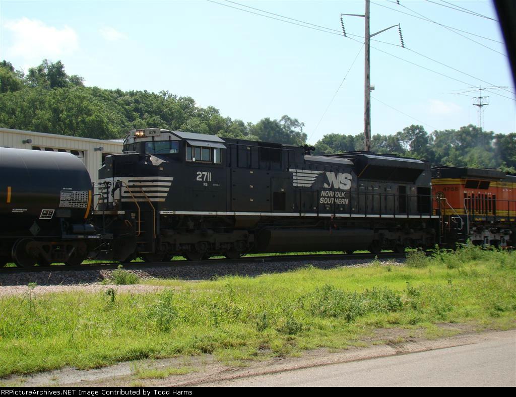 NS 2711