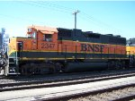 BNSF 2347 IDLING WAINTING FOR A NEW CREW