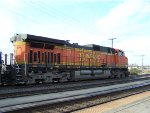 BNSF 5517 from the Vancouver Amtrak Platform