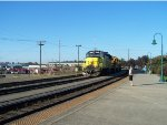 PNWR 3004 heads back to Portland with transfers from BNSF Vancouver Yard